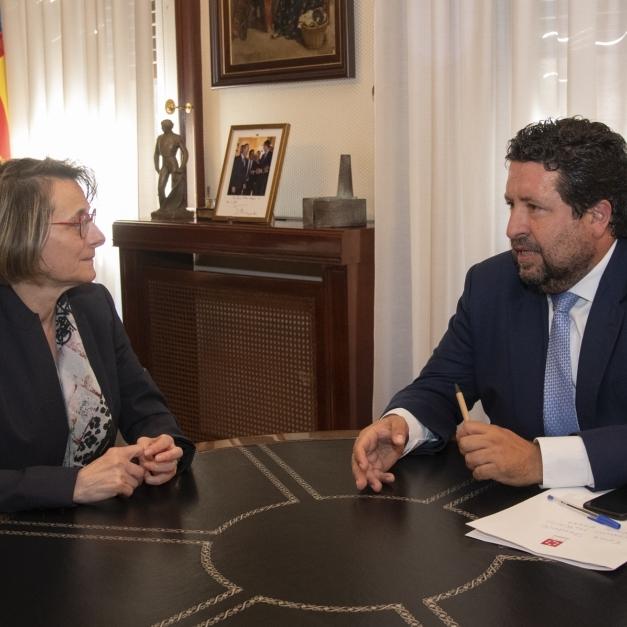 Moliner consolida la alianza de la Diputación con la UJI para irradiar conocimiento