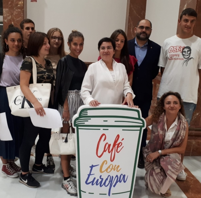 """La Diputación impulsa la iniciativa """"Café con Europa"""" a través del centro Europe Direct"""
